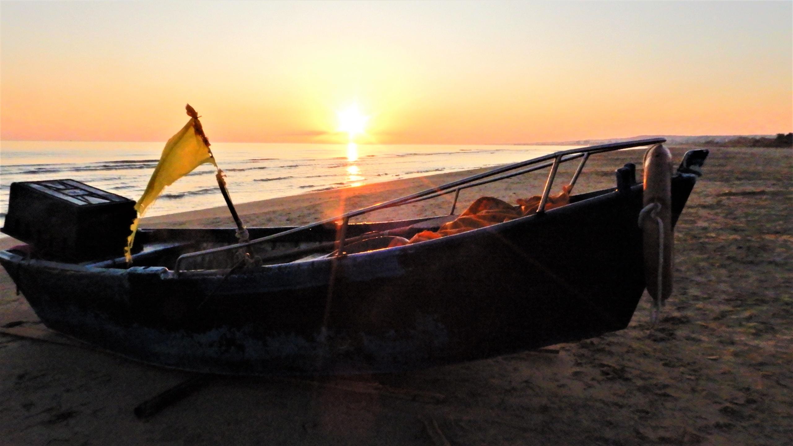 27-Rientro-allalba-del-pescatore-a-Trani