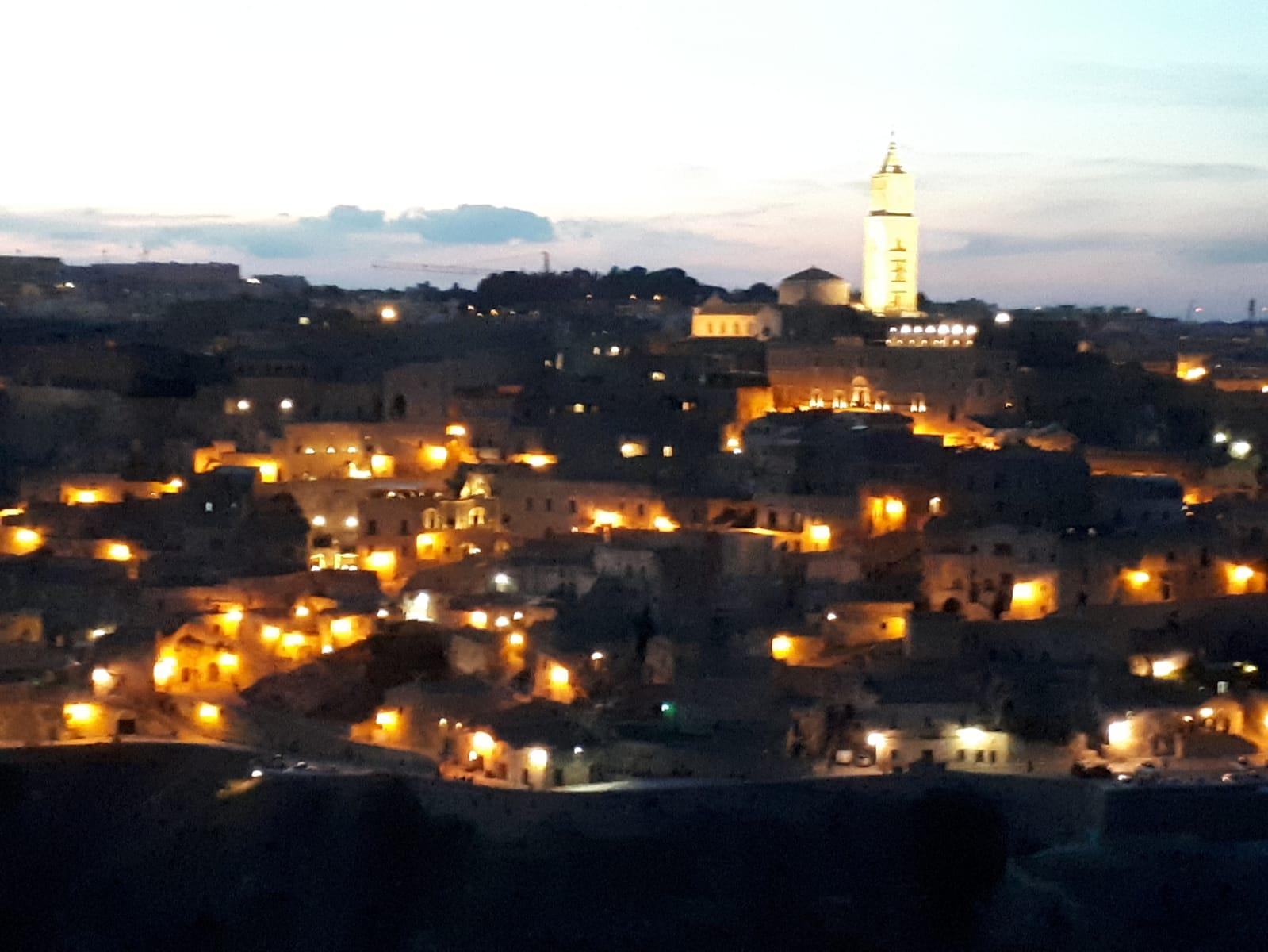 36-Matera-by-night-1